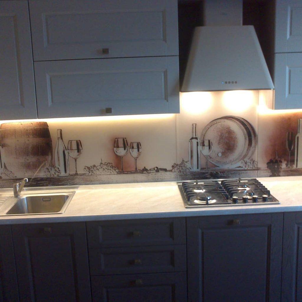 фотопечать на стекле, скинали, скинали из закаленного стекла, изображение для кухонного фартука, картинка для синали, фото для кухни, скинали для кухни, как выбрать скинали для кухни, самые красивые изображения для скинали, кухонный фартук как выбрать, фото для стекла в кухню, стеновая панель в кухню из стекла, лучше всего на кухню подойдет, панель из закаленного стекла, бочки, бежевый, старинный, состаренный, фартук с подсветкой